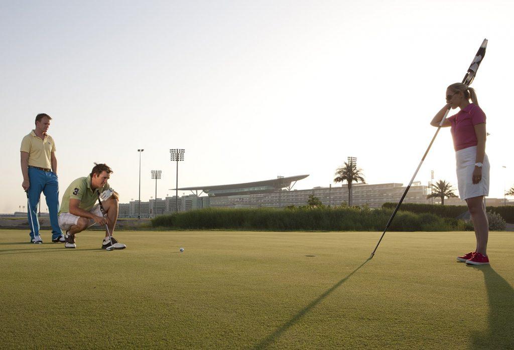 tmh_golf2-min
