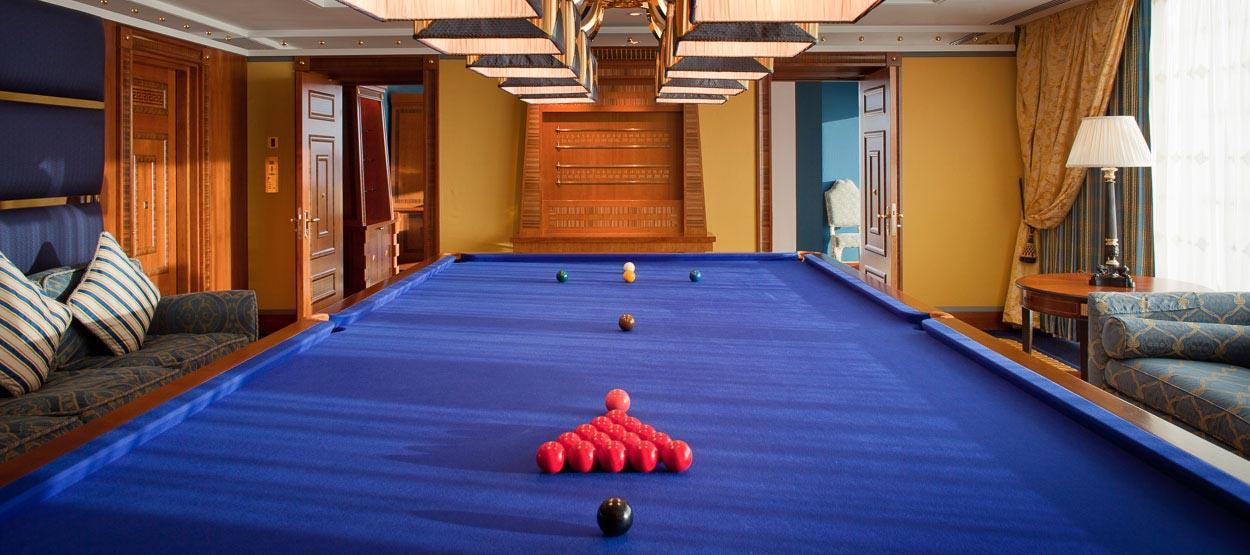 burj-al-arab-club-one-bedroom-suite-03-hero