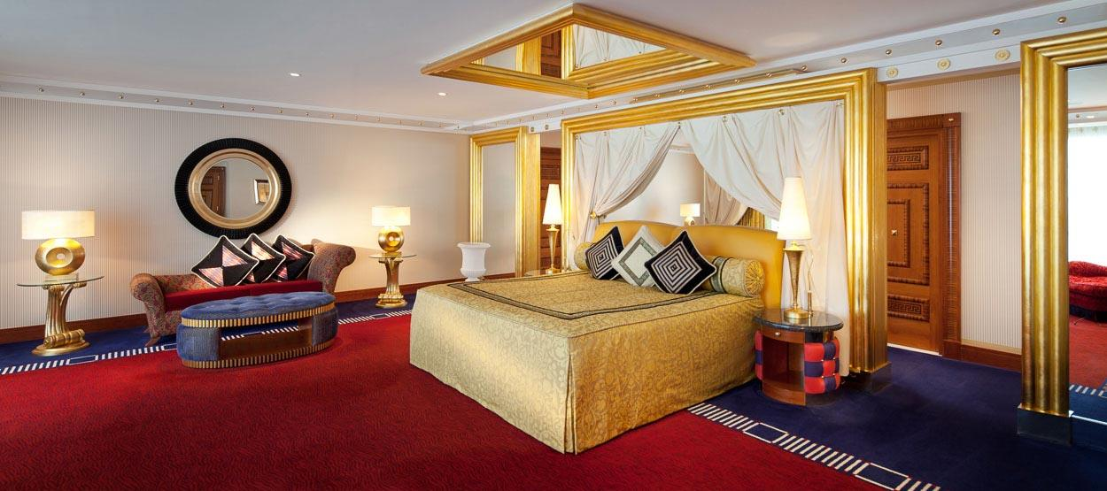 burj-al-arab-deluxe-king-two-bedroom-suite-04-hero