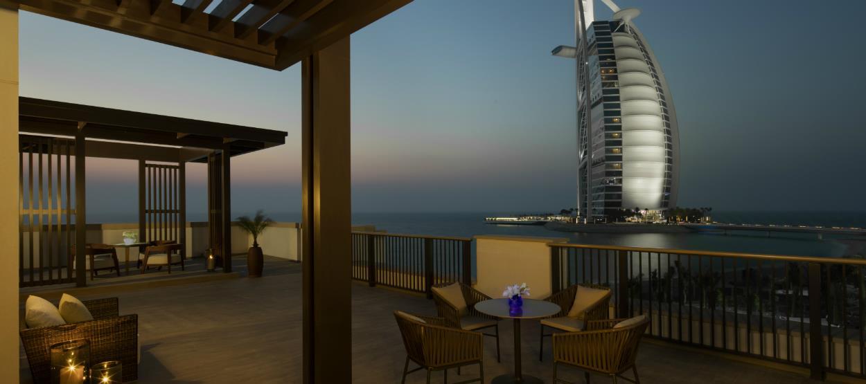 jumeirah-al-naseem-ocean-suite-terrace-hero