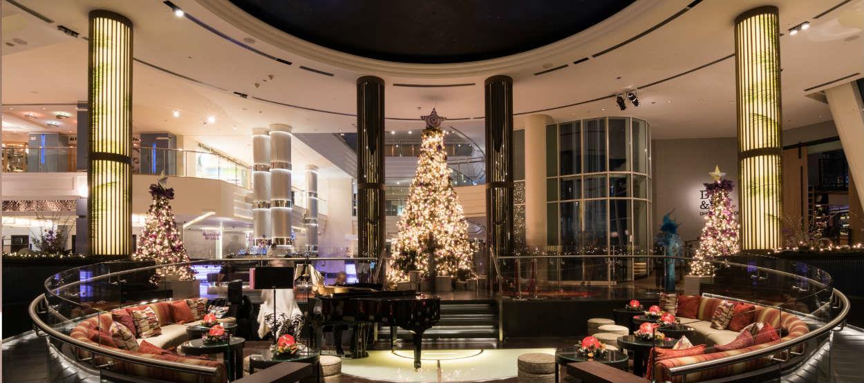 jumeirah-beach-hotel-christmas-palm-court-trees-hero