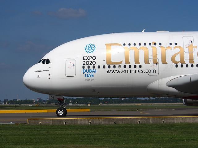 emirates-867767_640